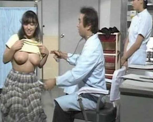 ガッキーショックで日本が沈んでいる、ガッキーこと新垣結衣さんと星野源さんの結婚が発表されました。とんでもない事件ですね。あのガッキーが星野源のチンコをしゃぶる、まんこに入れて生挿入セックス、生中出しセックスを展開していると思うと、、、、もうガッキーは人妻です。ですから、仮想ガッキーを紹介します。上原志織 (上原結衣)さんです。ガッキーに激似です。角度アングルによっては本人かもしれない。そんな上原さんのガチセックスを見て、ガッキーショックを払拭しましょう。無修正ですから、ガッキーのおまんこはこんな感じ、ガッキーのおっぱいはこんな感じ、ガッキーのフェラはこんな感じなんだ!!とイメージしながら、動画を見ながら、Yahoo!でガッキーの写真を検索しながら、交互に見ながら射精をしましょう。このうっぷんはザーメン精子を放って解決するしかないよ。ザーメン精子の恨みはザーメン精子でしか晴らせない。